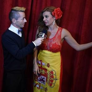 """Sonia Monroy con el vestido que """"confeccionó"""" ella misma para los Oscars."""
