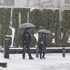 La nieve ha cuajado en la capital alavesa, que se encuentra a algo más de 500 metros de altitud.
