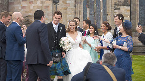 El tenista Andy Murray y su ahora mujer, Kim Sears, después de casarse en la catedral de Dunblane.