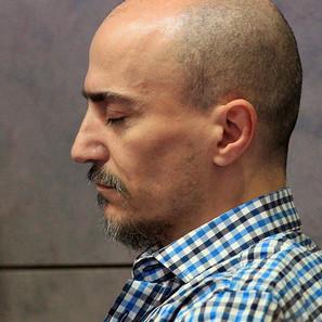 Juan Carlos Aguilar, conocido como el falso monje shaolín, en la sala de la Audencia de Bizkaia.