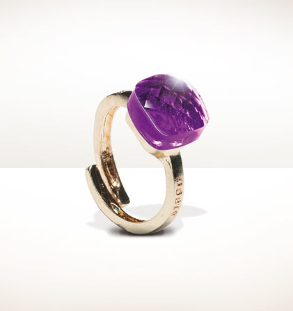 Anillo color morado