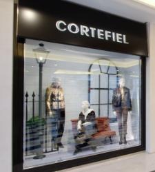 Cortefiel deja un agujero contable de 389 millones a CVC, PAI y Permira