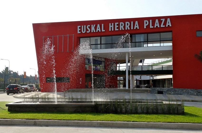 Centro Comercial Euskal Herria Plaza