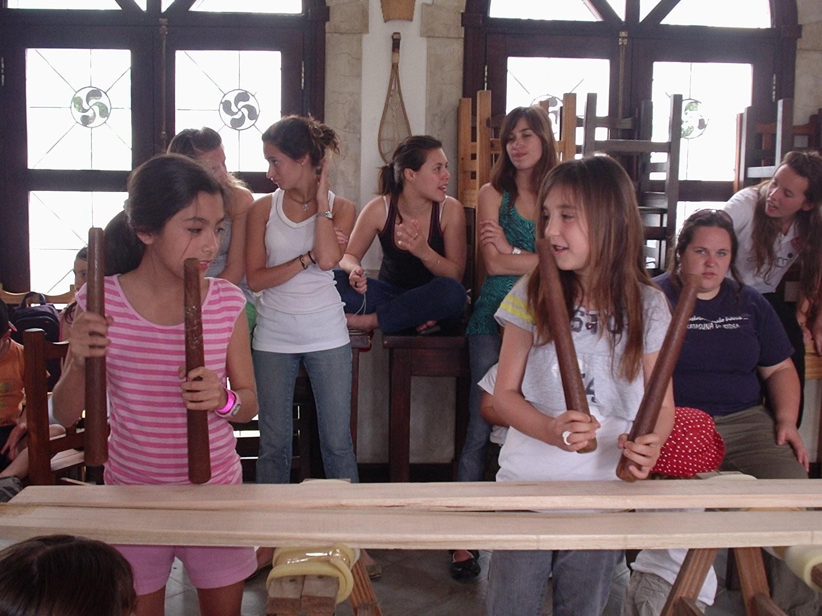 Euskal musika tresna lantegia 005