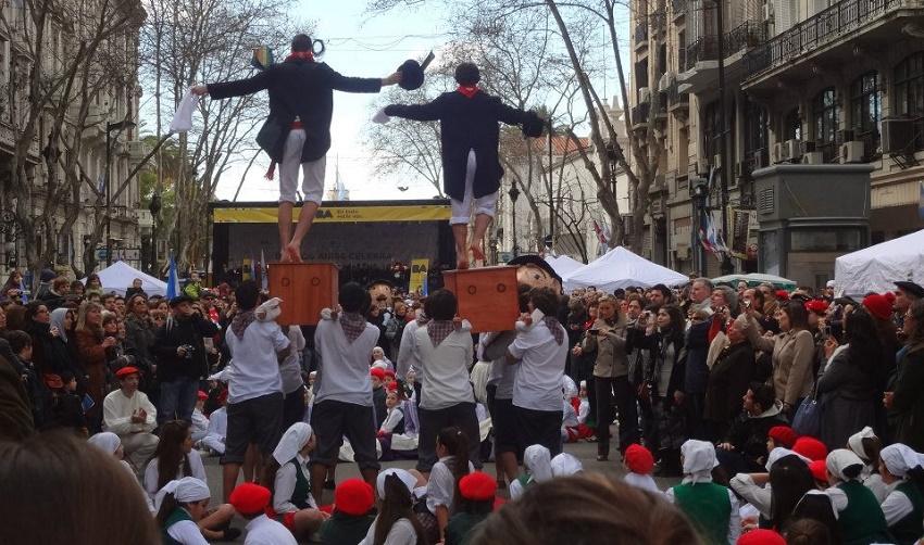 2012ko 'Buenos Airesek Euskal Herria ospagai'