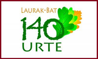 Buenos Airesko Laurak Bat Euskal Etxearen 140. urteurrenaren logoa