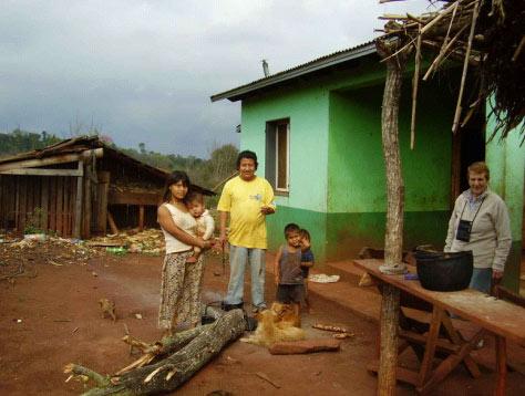 Mbya Guarani komunitateari bisita 2008 (01)