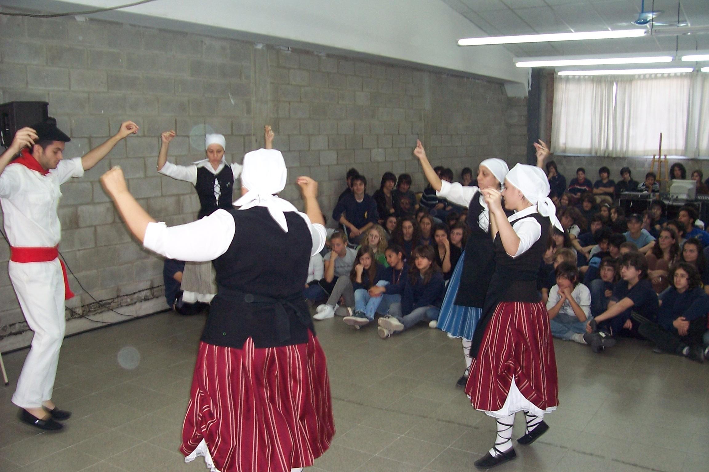 Euskal musika tresnei buruzko mintzaldia