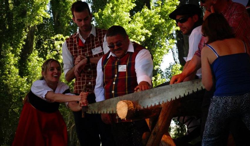 Euskal dantzez gain Herri Kirolak (argazkia Sergio Troncoso)