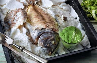 dorada en costra de sal con salsa verde, receta, Martín Berasategui, xlsemanal (1)
