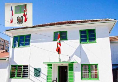 Valparaisoko Eusko Etxeko egoitzaren kanpoaldea, Viña del Mar-en