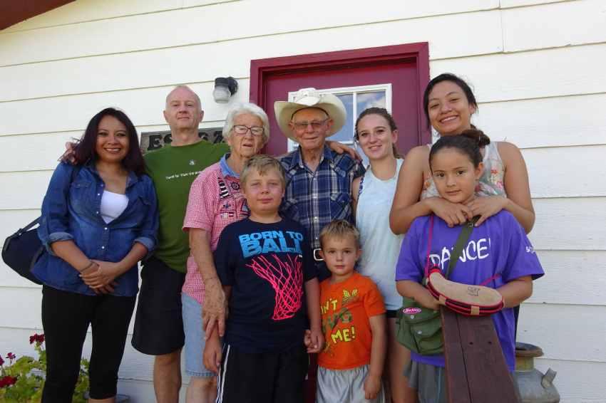 Pasando el testigo: Tres generaciones de la familia Escoz
