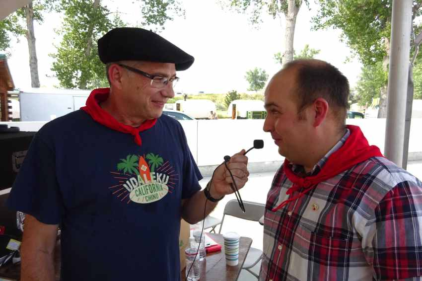 John Ysursa entrevista a Gorka Alvarez