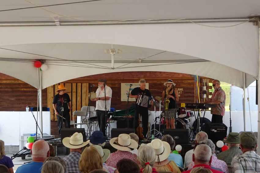 Música vasca del grupo Ospa de Buffalo
