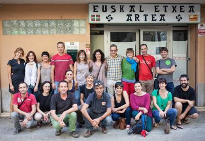 Mallorcako Arte Euskal Etxea ikasturte berriari ekiteko prest. Irudiak bertan eginiko euskara irakasleen bilkura islatzen du