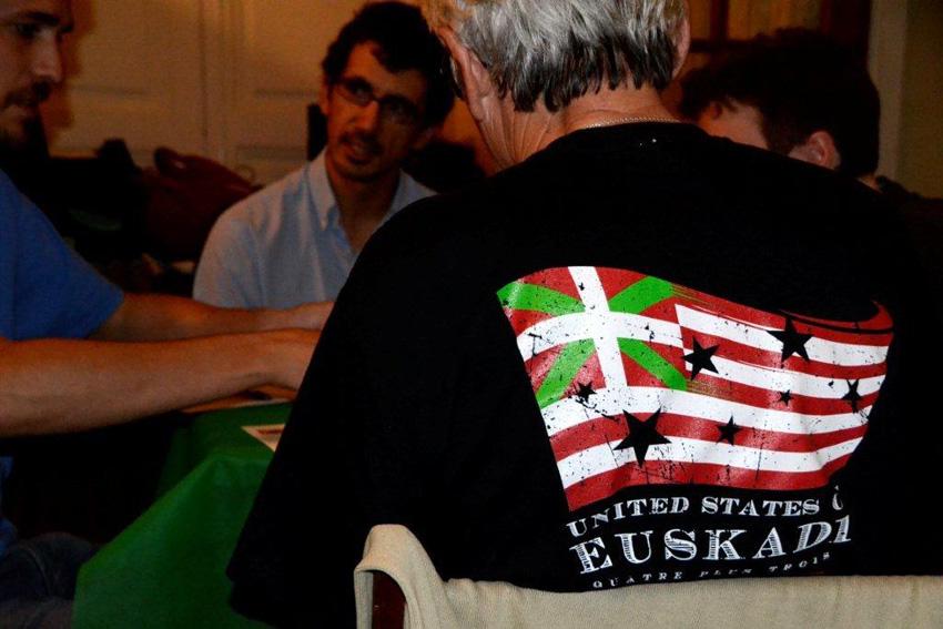 Lau gehi hiru... United States of Euskadi