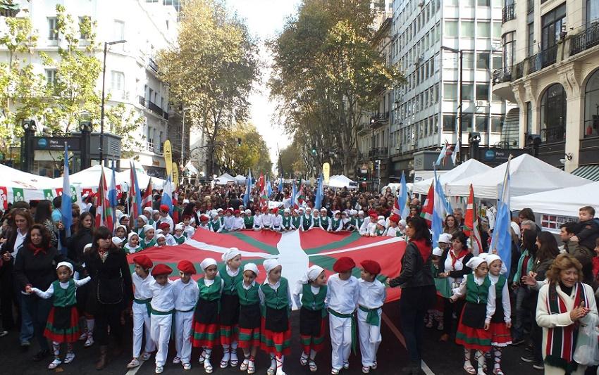 Ongi etorri 'Buenos Airesek EH ospagai' 2015era
