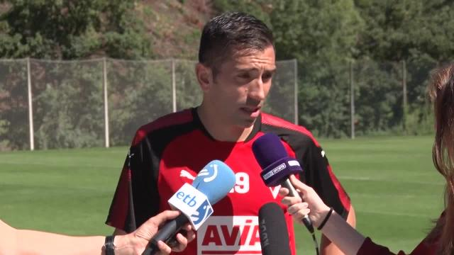 Charles afirma que el «el equipo llega bien» para afrontar el primer encuentro en Málaga
