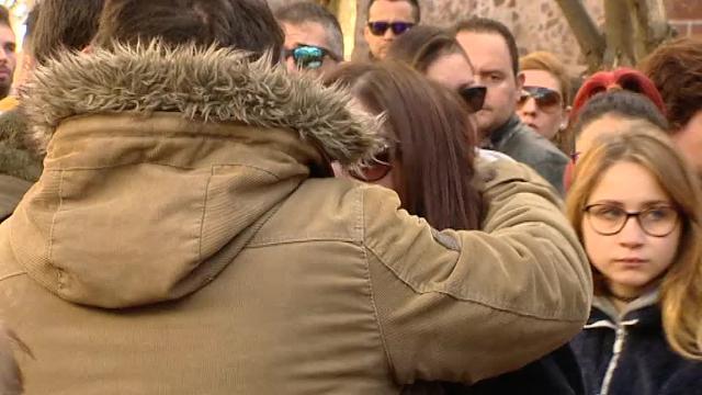 Dolorosa despedida al joven fallecido en la fiesta de carnaval de Herencia (Ciudad Real)