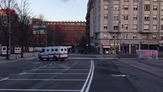 Gran despliegue policial en los alrededores de San Mamés