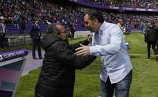 El entrenador del Cádiz podría ser denunciado por increpar a la grada en Valladolid