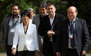 EH Bildu impide que el Parlamento vasco apruebe una declaración por el final de ETA