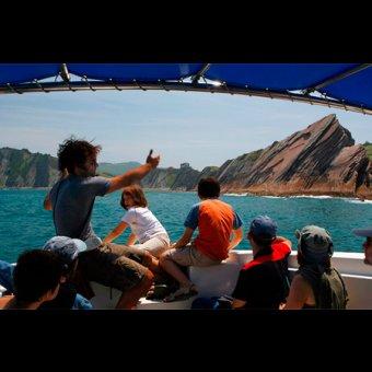 Geoparkea - La ruta del flysch - En barco por el flysch, los puertos y la tradición marinera en Zumaia