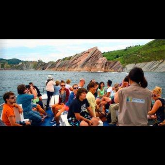 Geoparkea - Flysch esencial - Paseo en barco para descubrir desde el agua el gran libro de la Tierra en Zumaia