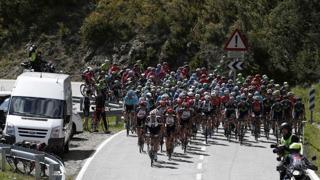 En imágenes, la primera etapa de la Vuelta Ciclista al País Vasco