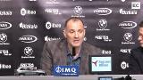 El nuevo entrenador del Bilbao Basket apuesta por mejorar la función defensiva del equipo
