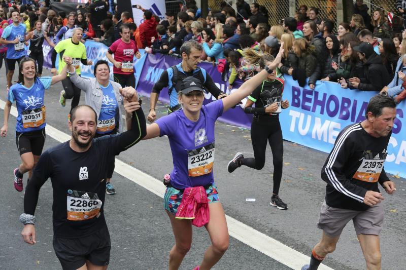 25.000 runners en la Behobia - San Sebastián