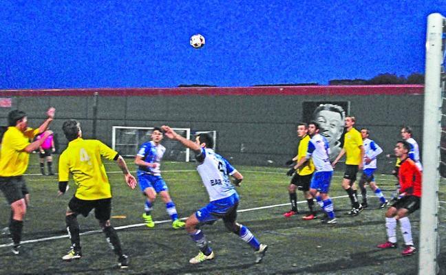 El Ostadar de Regional Preferente de fútbol no puede fallar ante el Trintxerpe
