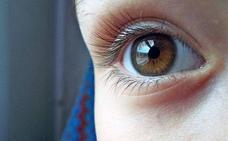 Tener los ojos marrones tiene sus consecuencias