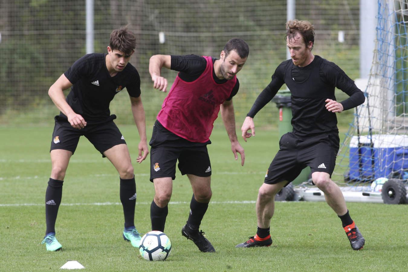 La Real se ejercita tras la goleada al Girona