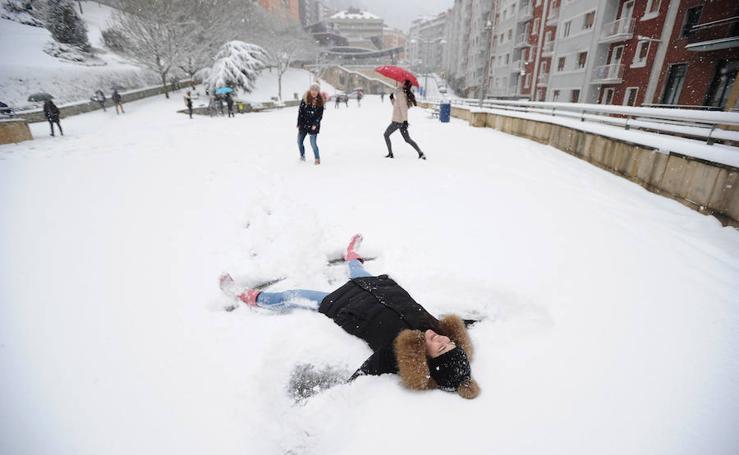 Eibar, bajo la nieve