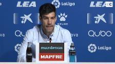 Rueda de prensa de Manu García y Abelardo para dar a conocer los detalles de sus respectivas renovaciones con el Deportivo Alavés