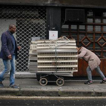 Lagun Artean. 'La calle en Bilbao con rostro de mujer' en Bilbao