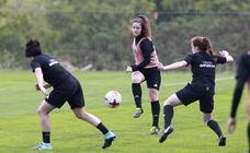 El equipo femenino de la Real Sociedad se prepara para el derbi
