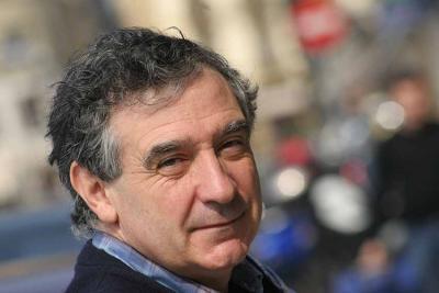Jon Kortazar irakasle eta literatura kritikari mundakarra