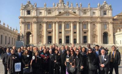 Argentinako gizataldeen ordezkariak Vatikanoan (argazkia Infobae)