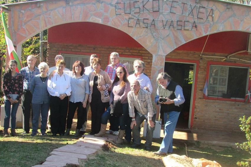 Imagen de algunos de los participantes de la Fiesta la Cultura Vasco-Argentina-Guaraní organizada en 2017 por el Centro Eusko Etxea de Corpus Christi (foto EE)