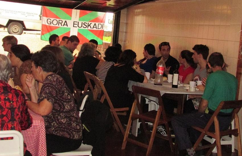 Bertso bazkaria Buenos Airesen