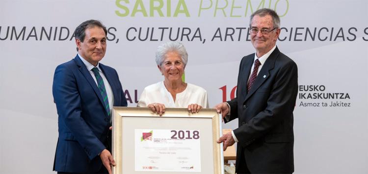 Teresa del Valle antropologoari omenaldia egin diote Eusko Ikaskuntza-LABORAL Kutxa 2018 Saria emateko ekitaldian